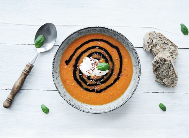 Tomatsuppe---Foto-by-Samantha-Fotheringham